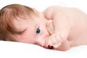 Zlomeniny kľúčnej kosti u novorodencov