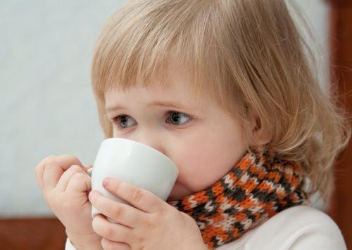 Ako sa zbaviť nádchy a kašľa bez liekov a postaviť deti zase