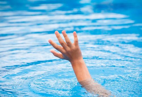 Utopit sa nemusime len vo vode.